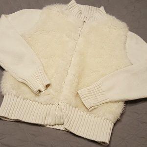 Gymboree cream sweater medium 7/8 fur